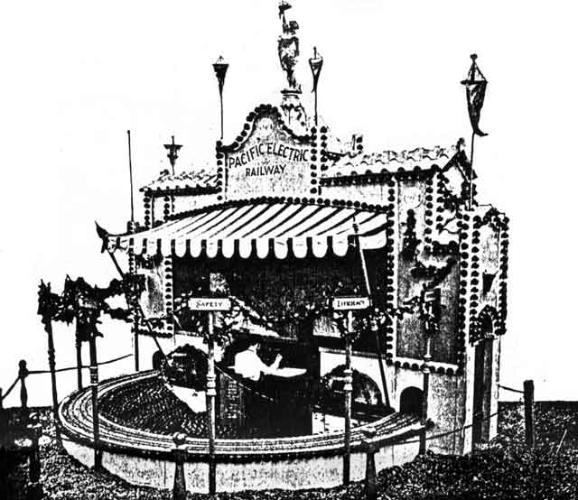 PE Orange Show Display 1922